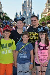 Our 1st blended family vacation via Disney Social Media Moms Celebration #DisneySMMC