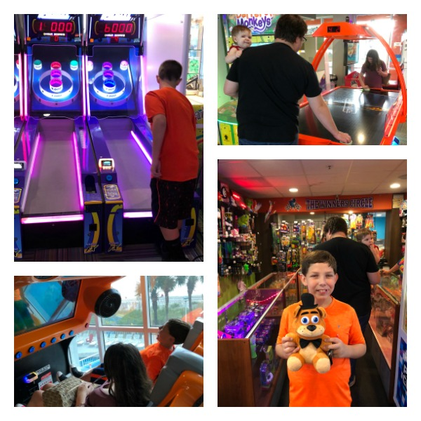 crown reef resort arcade fun zone town center