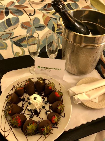 Wyndham Garden room service