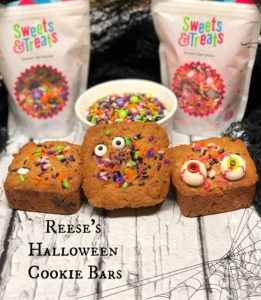 Reeses halloween cookie bars