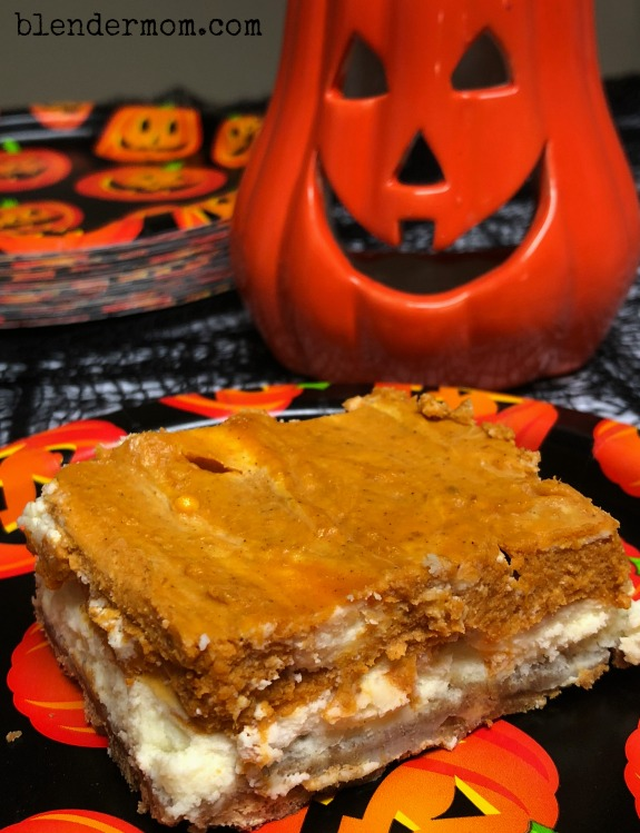 pumpkin cheesecake bars recipe #halloweentreatsweek