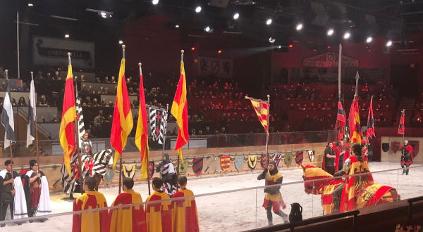 Medieval Times NJ red and yellow knight