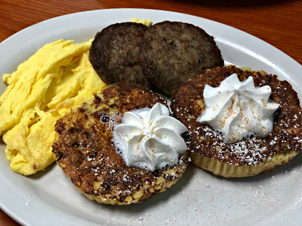 kate's pancake house cinnamon roll french toast carolina beach nc