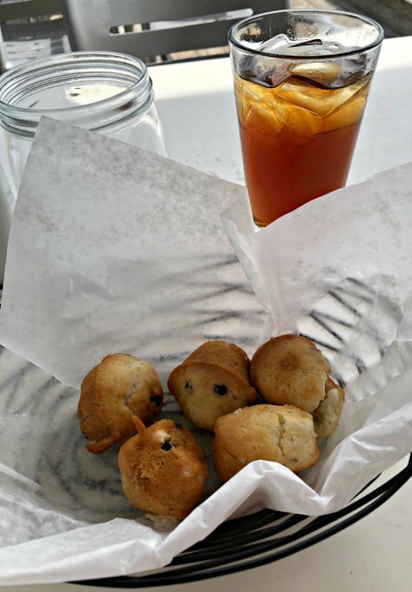 oceanic restaurant muffins wrightsville beach