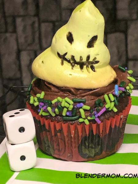 meringue oogie boogie cupcake