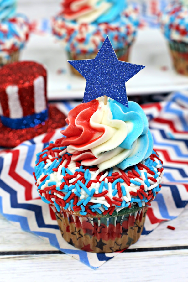 4th of July red white and blue cupcakes recipe