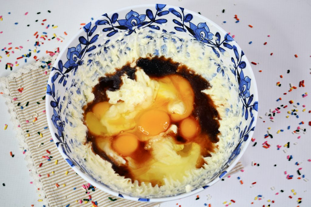 ingredients funfetti birthday crumb cake
